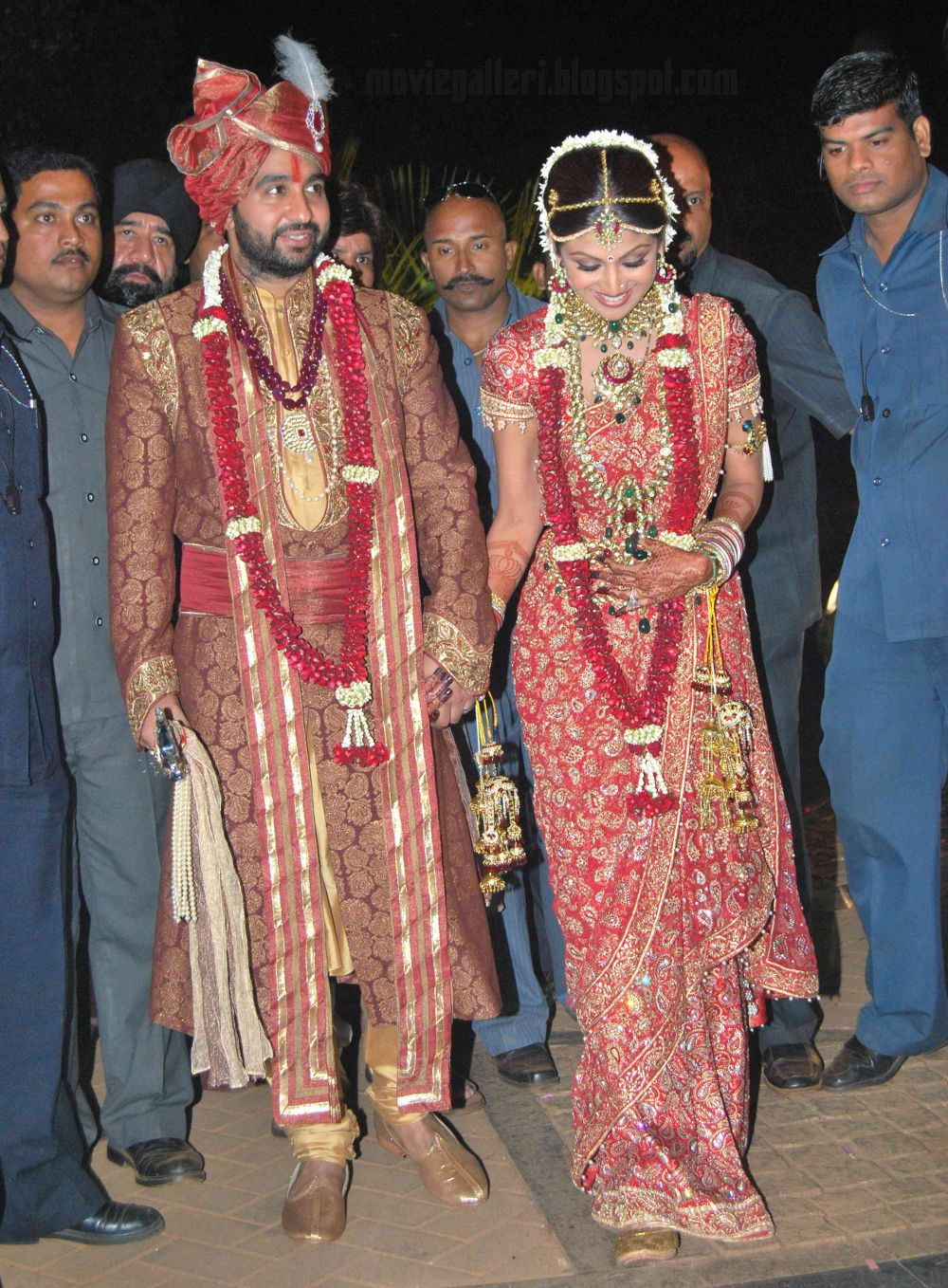 Shilpa Shetty Raj Kundra Wedding Marriage HQ Wallpapers Posters