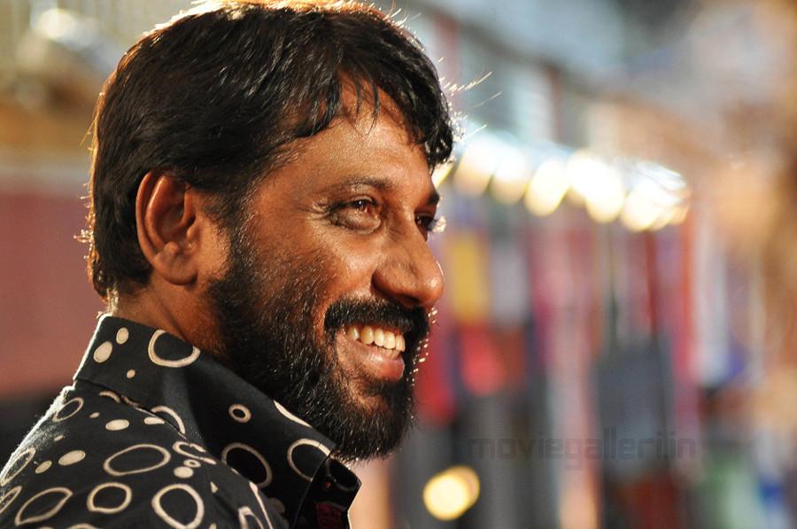 Kavalan On Location Stills, Vijay Kavalan Movie On Location Photo ...